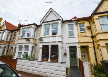 Thumbnail 2 bedroom flat for sale in Rayleigh Avenue, Westcliff-On-Sea, Essex