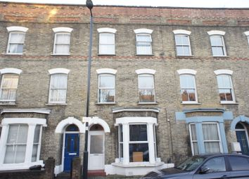 Thumbnail 2 bed flat to rent in Fonthill Road, London