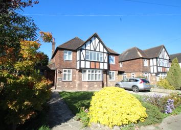 Thumbnail 4 bed detached house to rent in Sutherland Avenue, Petts Wood, Orpington