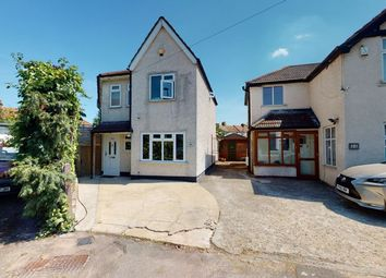 Thumbnail 4 bed detached house for sale in Marden Crescent, Croydon