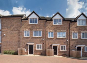 Thumbnail 3 bed flat for sale in Green Court, Torworth Rd, Borehamwood WD6,