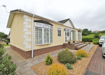 Thumbnail 2 bedroom mobile/park home for sale in Meadow Park, Plox Brow, Tarleton, Preston