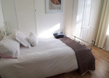Thumbnail 1 bedroom flat to rent in Station Road, Horsham