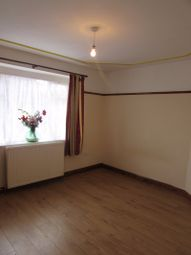 Thumbnail Room to rent in Barley Lane, Goodmayes