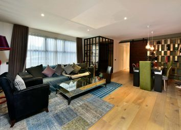Thumbnail 2 bedroom flat for sale in Rochester Place, London