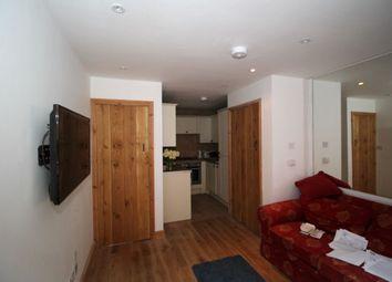 Thumbnail 2 bed flat to rent in Lenten Street, Alton