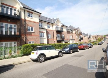 Thumbnail 3 bedroom flat for sale in Chelmsford Road, Southgate