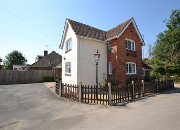 Thumbnail 3 bed detached house to rent in Balcombe Road, Horley