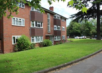 Thumbnail 3 bed flat to rent in Southend Road, Beckenham