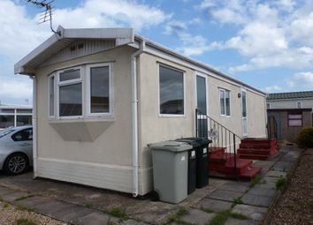 2 bed mobile/park home for sale in Canada Close, Beacon Park Home Village, Skegness PE25
