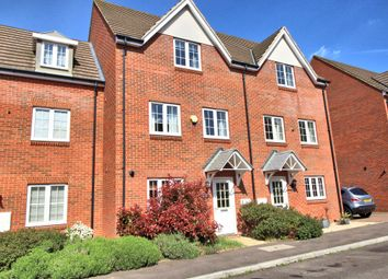 Thumbnail 3 bed town house for sale in Foskett Way, Aylesbury