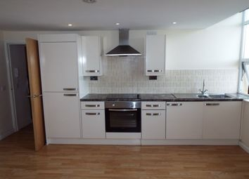 Thumbnail 1 bed flat to rent in Moorland Road, Cardiff