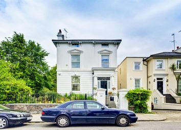 Thumbnail 6 bed terraced house to rent in Acacia Road, London