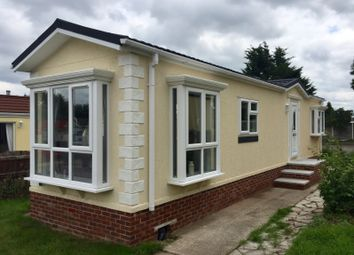 Thumbnail 2 bed mobile/park home for sale in Elton, Cheshire