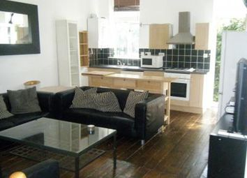 Thumbnail 2 bed flat to rent in Hammersmith Grove, Hammersmith, London
