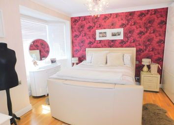 Thumbnail 4 bed property to rent in Poulton Avenue, Sutton, Surrey