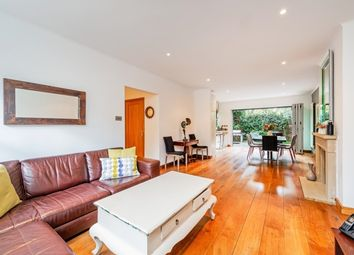 Thumbnail 5 bed flat to rent in Caroline Place, London
