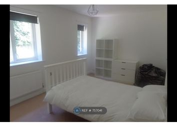 Thumbnail Room to rent in Foxcroft Green, Leeds