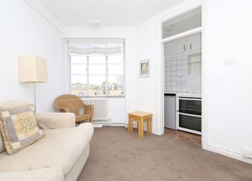 Thumbnail 1 bed flat to rent in Camden Rd, London