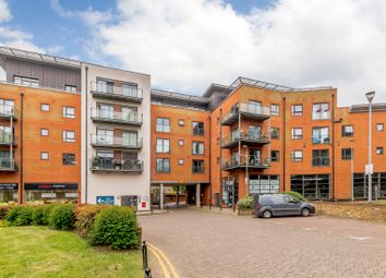 Thumbnail 1 bed flat for sale in Birdwood Avenue, London