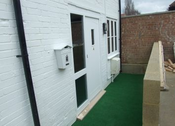 Thumbnail 1 bed maisonette to rent in Leys Avenue, Letchworth