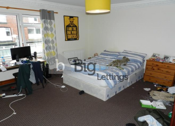 Thumbnail 6 bed property to rent in 49 Manor Drive, Headingley, Six Bed, Leeds