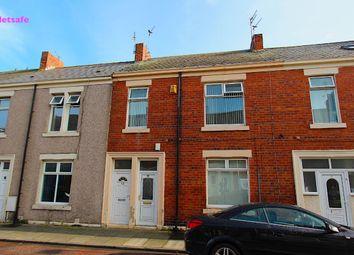Thumbnail 3 bed flat to rent in Frobisher Street, Hebburn