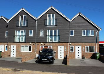 4 bed town house for sale in Steyning Avenue, Peacehaven BN10