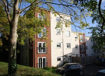 2 bed flat to rent in Thursby Walk, Pinhoe, Exeter EX4