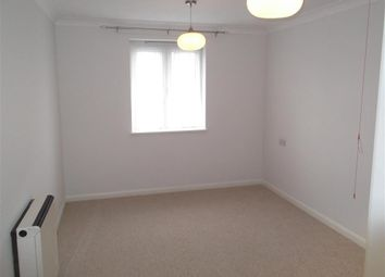 Thumbnail 2 bed flat for sale in Chingford Mount Road, London
