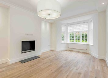 Thumbnail 2 bedroom flat for sale in Clifton Court, London