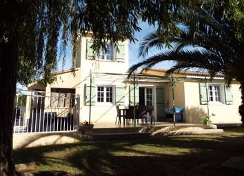 Thumbnail 4 bed detached house for sale in Nimes, Languedoc-Roussillon, 30, France