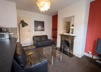 3 bed terraced house to rent in Clement Street, Huddersfield, West Yorkshire HD1