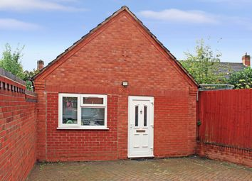 Thumbnail Room to rent in Room 1, Florin Close, Coventry