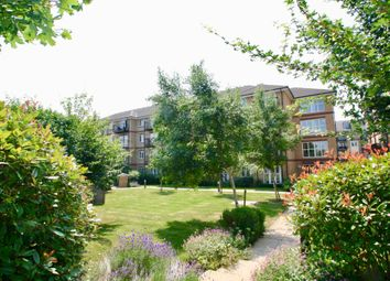 Thumbnail 2 bed flat for sale in Versailles Road, London