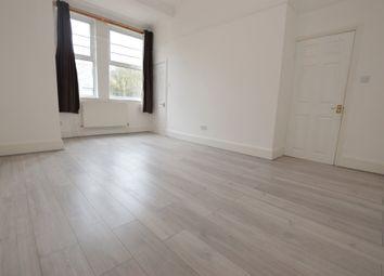1 bed flat to rent in Dagnall Park, Selhurst, London SE25
