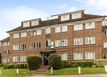 Thumbnail 3 bed flat to rent in High Road, Finchley