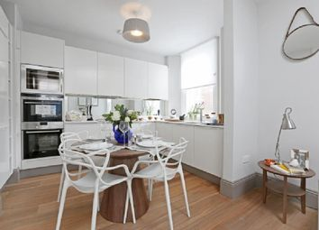 Thumbnail 2 bed flat to rent in Goodge Street, London