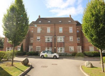 Thumbnail 2 bed flat to rent in De Soissons Close, Welwyn Garden City