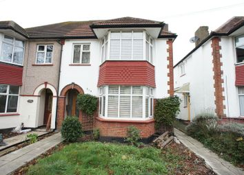 Thumbnail 3 bed flat to rent in Westbourne Grove, Westcliff-On-Sea