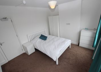 Thumbnail Room to rent in Norfolk Road - Room 4, Reading