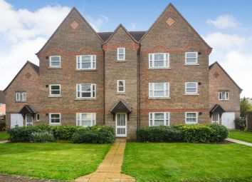 Aynsley Gardens, Harlow, Essex CM17. 2 bed flat