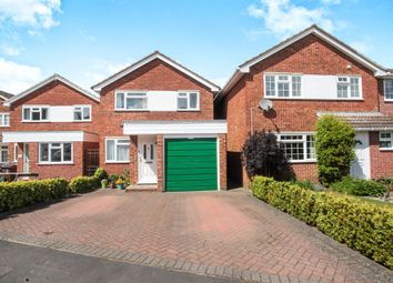 Thumbnail 3 bed detached house for sale in Broadstone Road, Harpenden