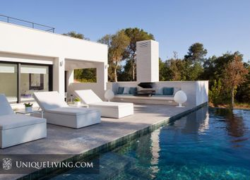 Thumbnail 4 bed villa for sale in Barcelona, Barcelona, Spain