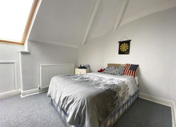 6 bed property to rent in 171 Heavygate Road, Crookes, Sheffield S10
