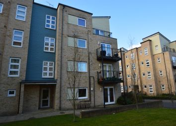 2 bed flat to rent in Hut Farm Place, Chandler's Ford, Eastleigh SO53