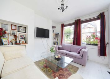 3 bed flat for sale in Barmouth Road, Wandsworth SW18