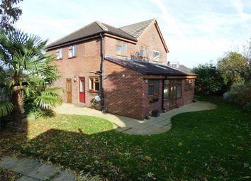 Thumbnail 4 bed detached house for sale in Prospect View, Liversedge
