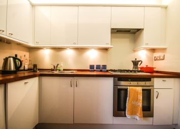 Thumbnail 1 bed flat to rent in Victoria Park, Hackney