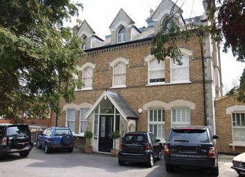Thumbnail 2 bed flat to rent in Oakleigh Park South, Oakleigh Park, London